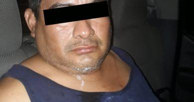 Detenido por lesionar a su esposa con un cuchillo