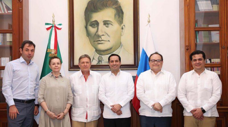 Mauricio Vila recibe la visita del Embajador de Rusia en México, Viktor Koronelli