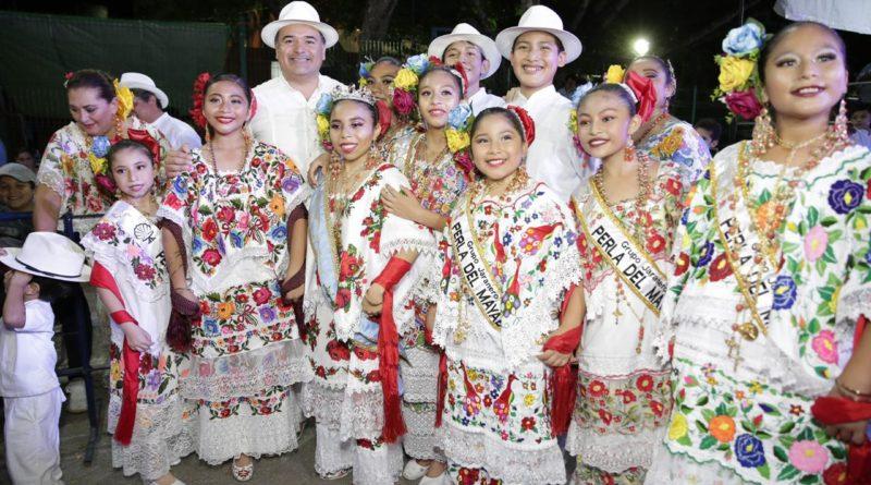 """Algarabía y tradición con el  """"Lunes  Regional"""" en Ciudad Carnaval"""