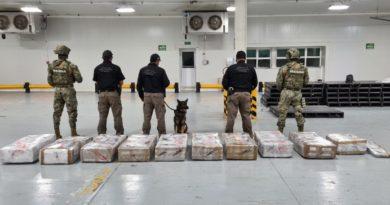 SEMAR asegura 575 paquetes de presunta cocaína en Colima