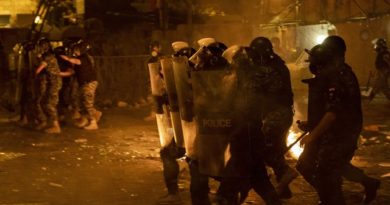Violentas protestas en Beirut tras explosión de nitrato de amonio