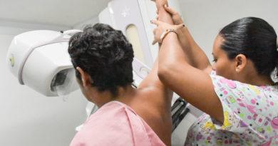 Gobierno mantiene acciones firmes contra el cáncer de mama