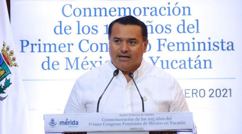 Renán Barrera destaca empoderamiento de la mujer en el 105 aniversario del Primer Congreso Feminista de México en Yucatán