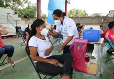Del 25 al 30 de octubre, se estará vacunando con segunda dosis a personas de 30 a 39 años y de 18 a 29 años que viven en 69 municipios